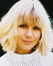 This is an image of 26033 Glynis Barber Photograph & Poster