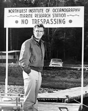 This is an image of 100323 Robert Lansing Photograph & Poster