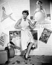 This is an image of 100375 Glynis Johns Photograph & Poster