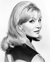 This is an image of Photograph & Poster of Susan Oliver 100700