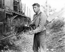 This is an image of Photograph & Poster of Burt Lancaster 100732