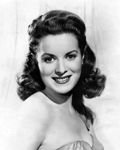 This is an image of Photograph & Poster of Maureen Ohara 100803