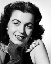 This is an image of Photograph & Poster of Faith Domergue 100846