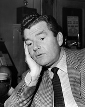 This is an image of 100206 Kenneth More Photograph & Poster