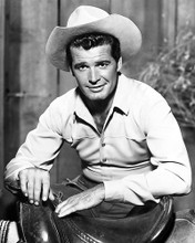 This is an image of Photograph & Poster of James Garner 100888