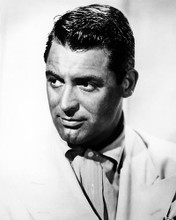 This is an image of Photograph & Poster of Cary Grant 101212