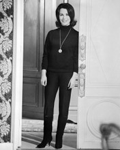 This is an image of Photograph & Poster of Claire Bloom 101242
