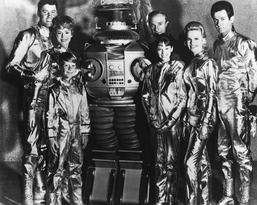 This is an image of Photograph & Poster of Lost in Space 101316