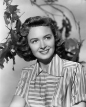 This is an image of Photograph & Poster of Donna Reed 101345