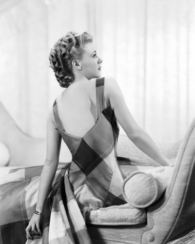 This is an image of Photograph & Poster of Ginger Rogers 101364