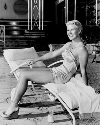 This is an image of Photograph & Poster of Ginger Rogers 101365