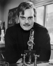 This is an image of Photograph & Poster of Omar Sharif 101478