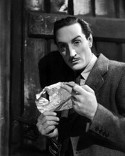 This is an image of Photograph & Poster of Basil Rathbone 101524