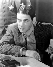 This is an image of Photograph & Poster of Paul Muni 101588