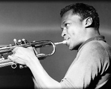 This is an image of 100283 Miles Davis Photograph & Poster