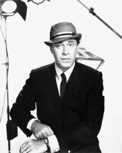 This is an image of Photograph & Poster of Jerry Lewis 101744