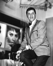 This is an image of Photograph & Poster of Jerry Lewis 101765