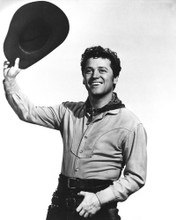 This is an image of Photograph & Poster of Gordon Macrae 102160