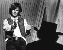 This is an image of Photograph & Poster of Kris Kristofferson 102236