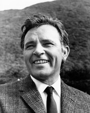 This is an image of Photograph & Poster of Richard Burton 102250