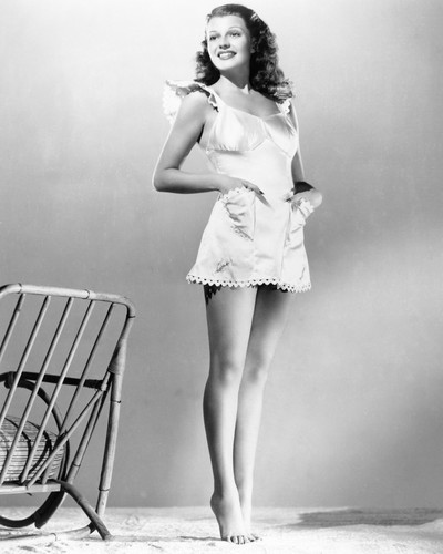 This is an image of Photograph & Poster of Rita Hayworth 102288