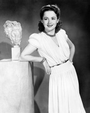This is an image of Photograph & Poster of Olivia De Havilland 102349