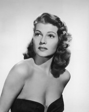 This is an image of Photograph & Poster of Rita Hayworth 102646