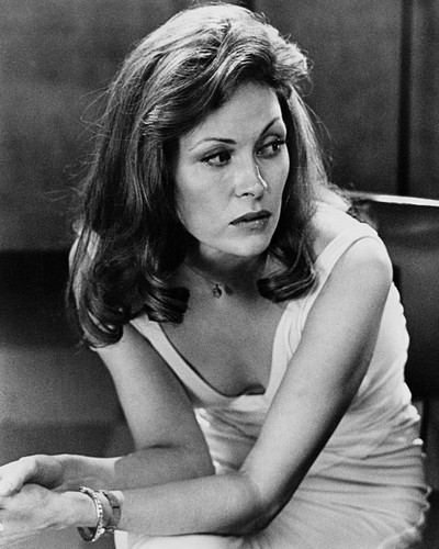 This is an image of Photograph & Poster of Faye Dunaway 102744