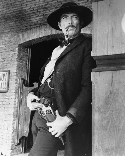 This is an image of Photograph & Poster of Lee Van Cleef 102767