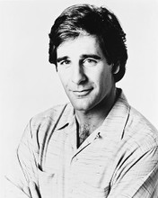 This is an image of 160337 Scott Bakula Photograph & Poster