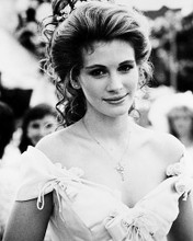 This is an image of 160941 Julia Roberts Photograph & Poster
