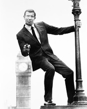 This is an image of 163201 George Lazenby Photograph & Poster