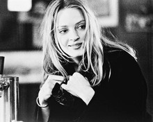 This is an image of 163714 Uma Thurman Photograph & Poster