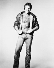 This is an image of 163863 Lee Majors Photograph & Poster