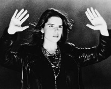 This is an image of 163966 Neve Campbell Photograph & Poster