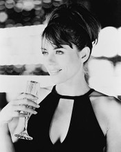 This is an image of 165421 Elizabeth Hurley Photograph & Poster