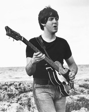 This is an image of 165438 Paul McCartney Photograph & Poster