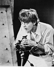 This is an image of 167313 David Hemmings Photograph & Poster
