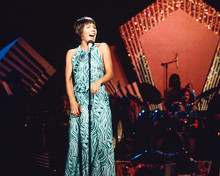 This is an image of 266508 Helen Reddy Photograph & Poster