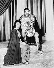 This is an image of 168474 Laurence Olivier & Jean Simmons Photograph & Poster