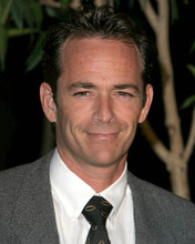 This is an image of 270471 Luke Perry Photograph & Poster