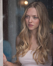 This is an image of 280872 Amanda Seyfried Photograph & Poster