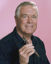 This is an image of 281110 George Peppard Photograph & Poster