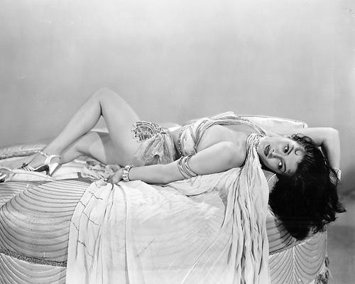 This is an image of 192624 Yvonne De Carlo Photograph & Poster