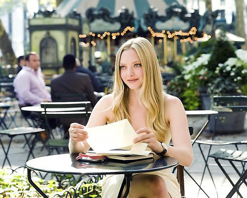 This is an image of 281454 Amanda Seyfried Photograph & Poster