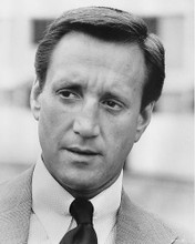 This is an image of 192078 Roy Scheider Photograph & Poster