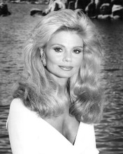 This is an image of 192090 Loni Anderson Photograph & Poster