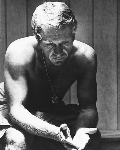 This is an image of 170376 Steve McQueen Photograph & Poster