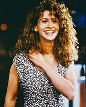 This is an image of 26122 Julia Roberts Photograph & Poster
