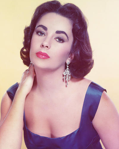 This is an image of 224598 Elizabeth Taylor Photograph & Poster
